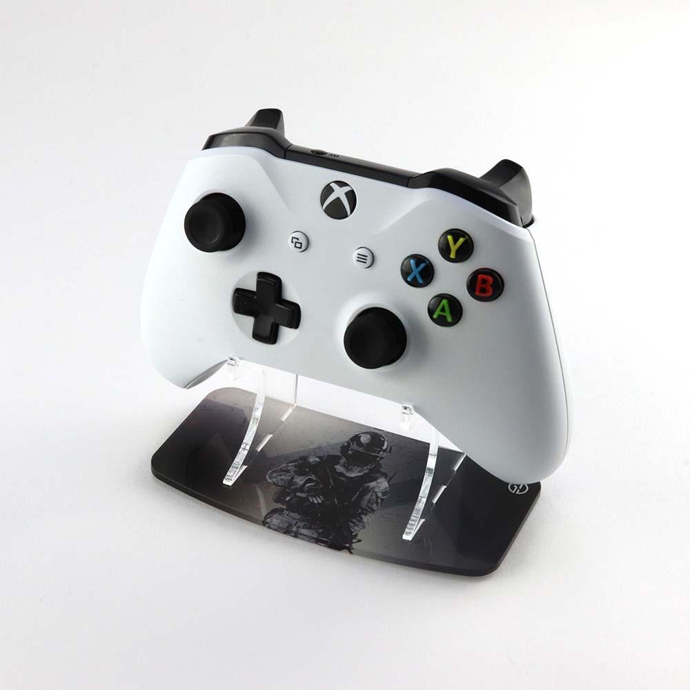 Call of Duty Modern Warfare Xbox One Printed Acrylic Controller Display Stand