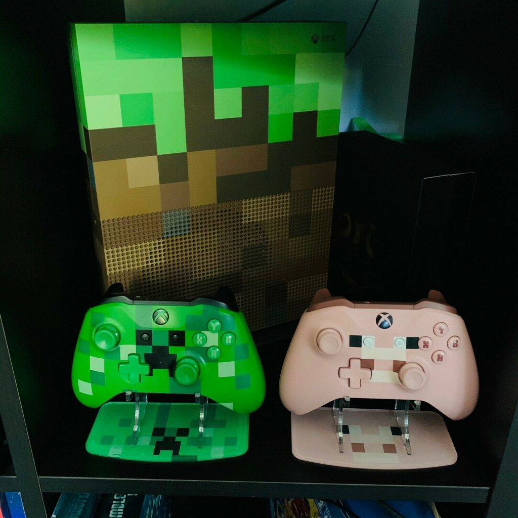 Minecraft Pig and Creeper
